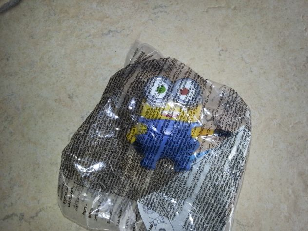 MINIONS HAPPY MEAL MC DONAL'S