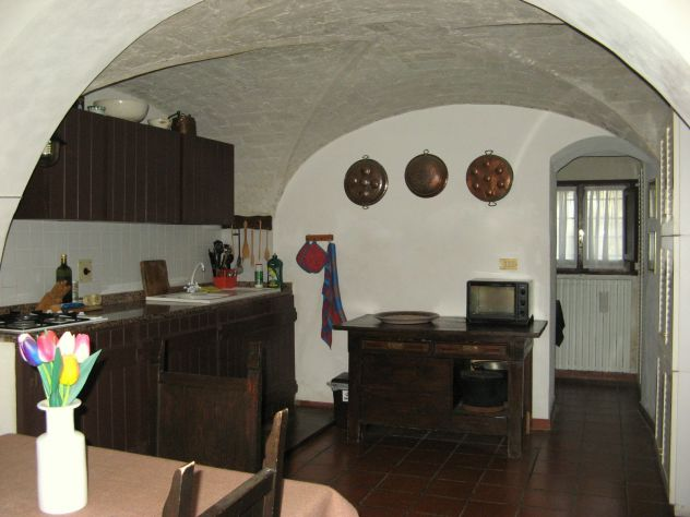 Casa in campagna con ampio giardino ed oliveto - Foto 5