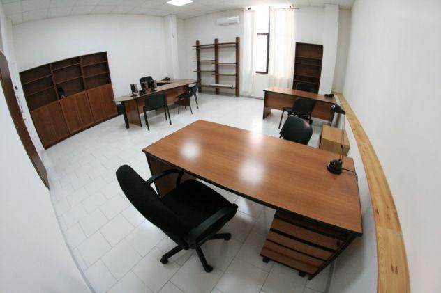 Ufficio arredato fino a 6 persone con posti auto, open space. - Foto 2