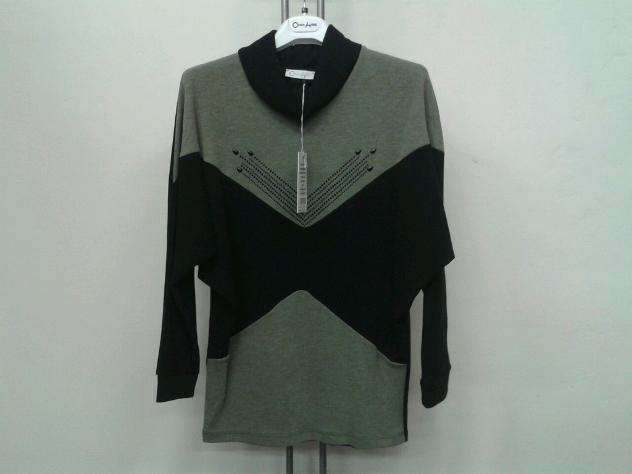 Stock di abbigliamento per rivenditori Euro 8 - Annunci Cuneo e5893fcf2e6a