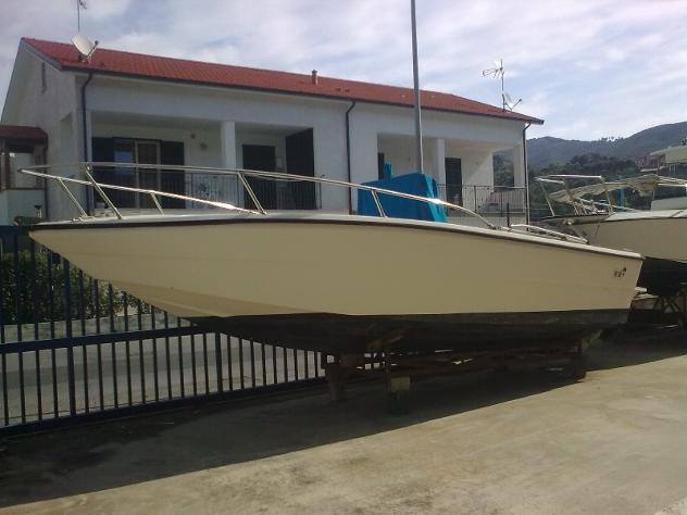 barca a motoreGARIPLAST GARIPLAST 730 OPEN anno1995 lunghezza mt7 - Foto 3