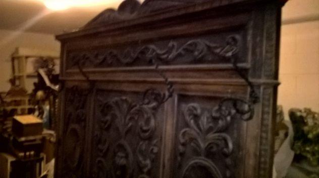 Attaccapanni  a muro legno massello noce intarsiato