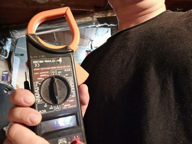 Elettricità tecnico Luce Riparazione reperibile sempre