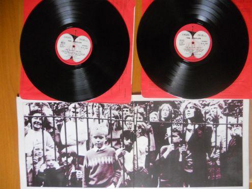 Dischi vinile dei Beatles.