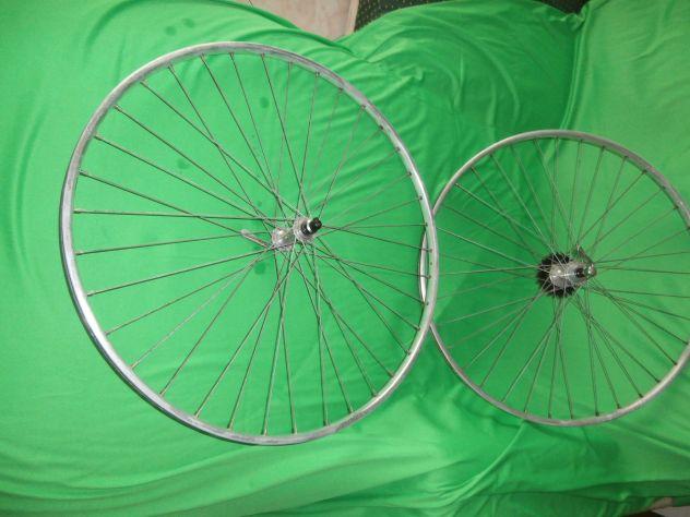 coppia vecchie ruote corsa ATOM - Foto 2