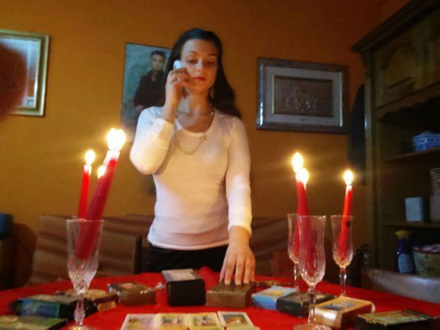 389.49.89.052...VERA SENSITIVA CARTOMANTE LUISA...CONSULTO TELEFONICO A 40 EURO - Foto 4