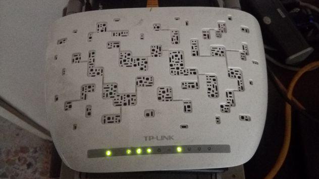 Modem router TP LINK TD W8968