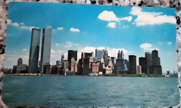 Cartolina new york lower manhattan skyline
