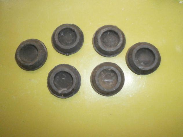 Gommini cofano posteriore Fiat 500 126 850 127 128 1100  misura 43x30mm