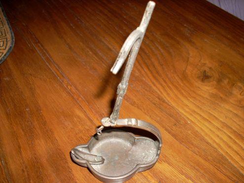 Portaolio in bronzo
