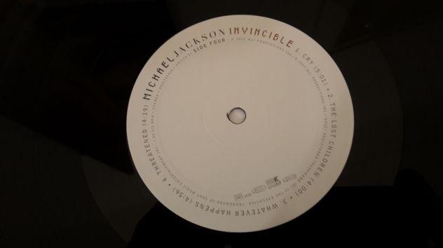 MICHAEL JACKSON, INVINCIBLE,  (ALBUM)  DOPPIO LP, 2001 TRADEMARK. - Foto 8