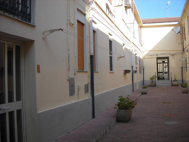 posto letto in stanza indipendente zona provinciale mq 50 affitto Euro 165 - Foto 2