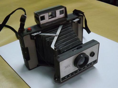 Apparecchio fotografico Polaroid 320