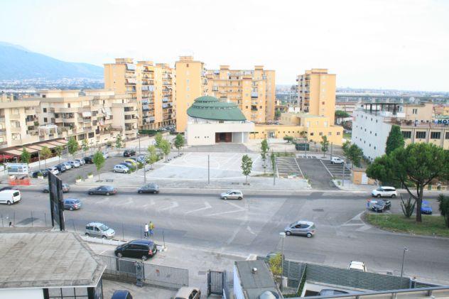 Locale ammobiliato con parcheggi euro 299 mese - Foto 10