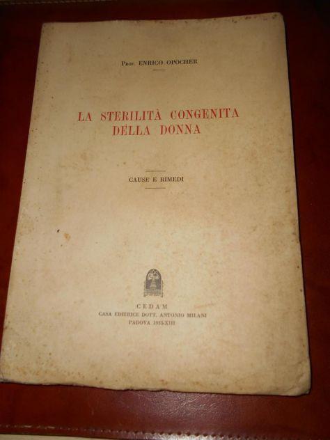 Vecchio libro di medicina