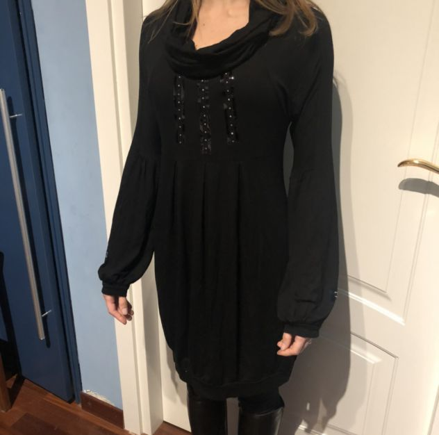 Vestitino Nero a maniche lunghe