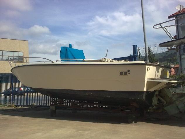 barca a motoreGARIPLAST GARIPLAST 730 OPEN anno1995 lunghezza mt7 - Foto 2