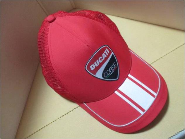 Cappello DUCATI (PUMA) con etichetta e cartellino