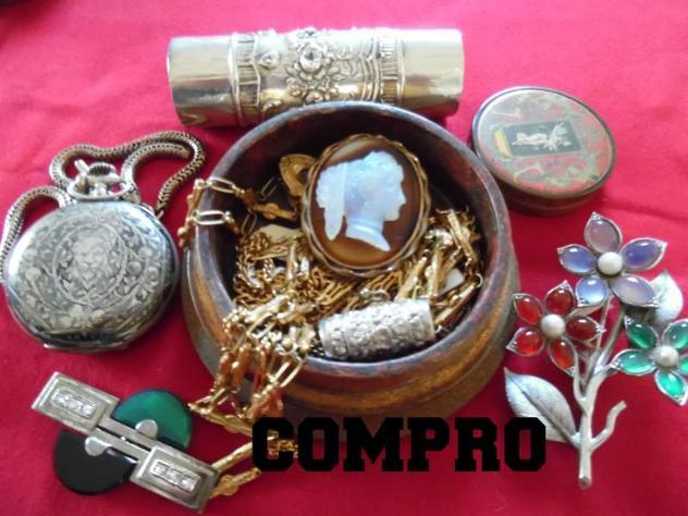 Cerco: Cerco:Compro oggettistica varia Vecchia e Antica