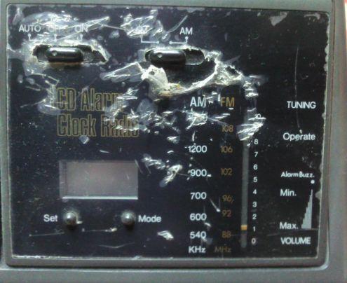 Radiosveglia al quarzo con display non retroilluminato - Foto 2