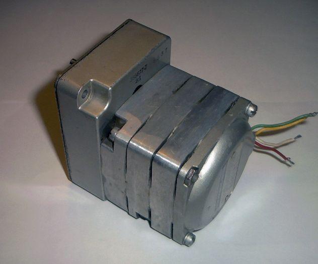 Motore elettrico, sincrono, da 75 RPM - Foto 2