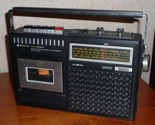 Radio con musicassette Sanyo fine anni '70