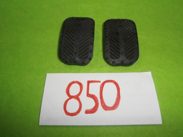 Gommini pedaliera Fiat 850 sport spider coupe' NUOVI or. Fiat 4130397