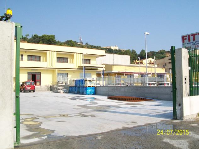 in affitto Privato ufficio statale 106 mq 2000
