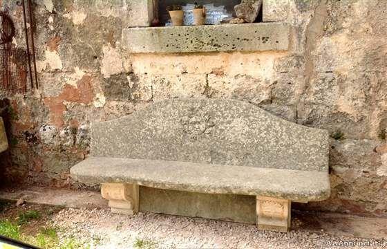 Elegante panchina per arredo giardino - Annunci Lecce