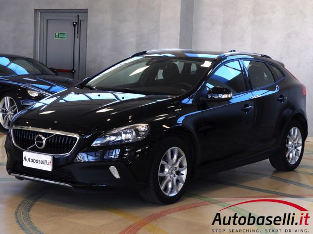 VOLVO V40 CROSS COUNTRY 2.0D2 GEARTR. BUSINESS