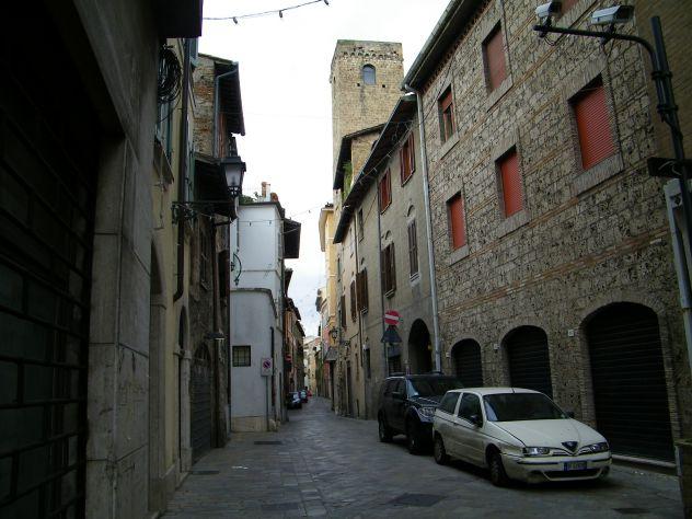 Locale commerciale al centro di Terni - Foto 2