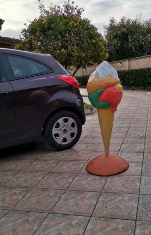 Insegna per gelateria in vetroresina, gelato 3D, tridimensionale, insegna a vela - Foto 3
