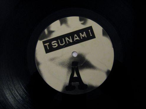 Vinile 45 giri (EP) originale 12 ' ' Tsunami - Foto 4