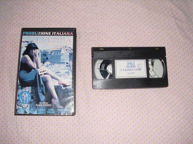 L'ULTIMA VAMP - ANITA RINALDI DEBORAH WELLS VHS RARA V.M. 18 ANNI