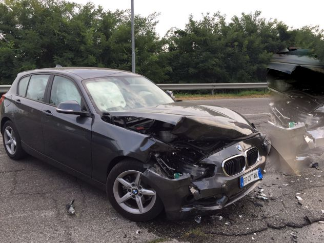 COMPRO AUTO INCIDENTATE GENOVA T.3487444558 - Foto 2