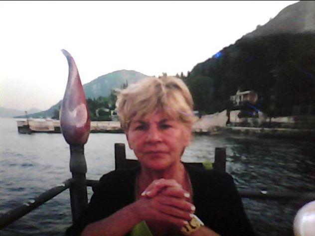 CARTOMANTE SENSITIVA RITUALISTA  Signora ANNA