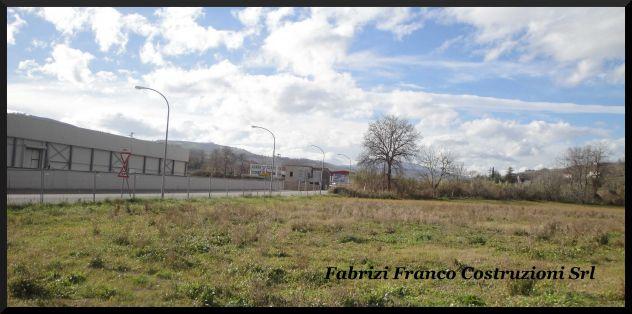 Terreni Edificabili a Destinazione Uso Residenziale/Commerciale - Foto 3