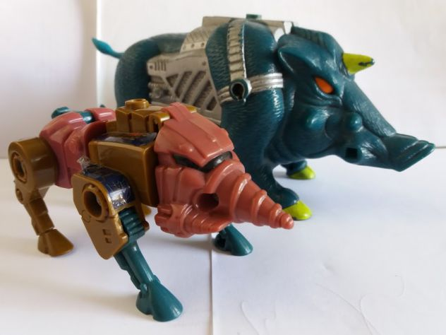 Transformers G1 PRETENDER SNARLER