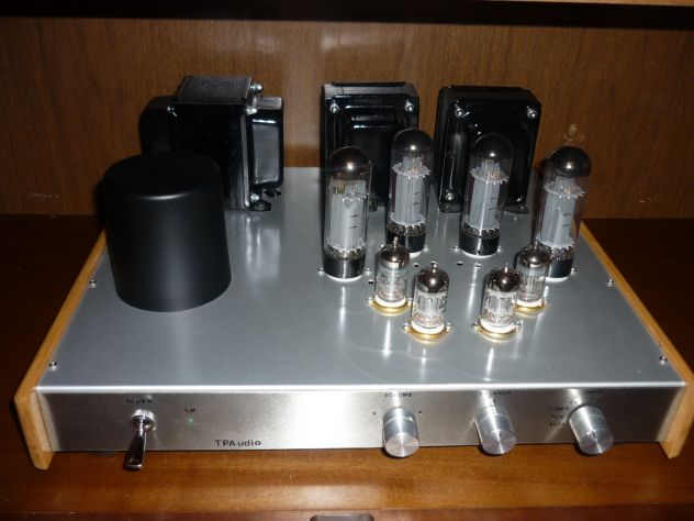 Materiale Audio Hifi vintage , ecc..