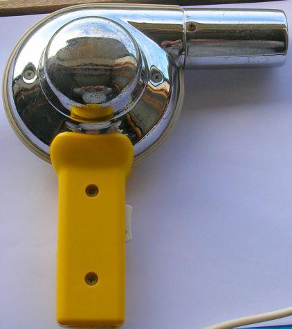 Asciugacapelli Sicer mod 25 Impugnatura in plastica e corpo in metallo. Due velo - Foto 2