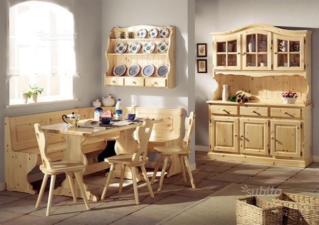 Soggiorno o taverna Completo in legno massello di pino