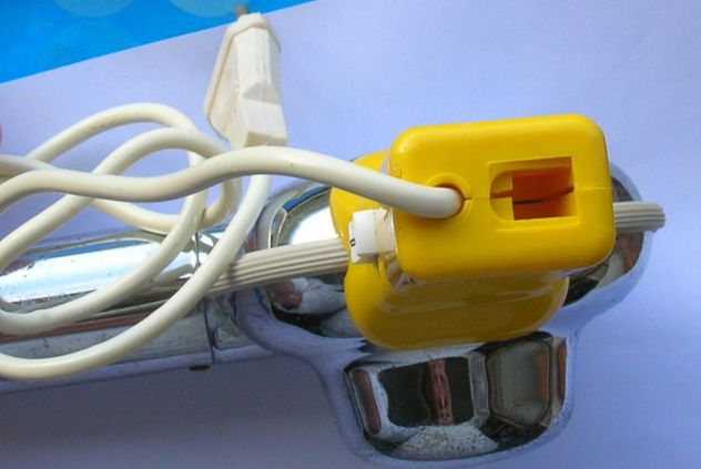 Asciugacapelli Sicer mod 25 Impugnatura in plastica e corpo in metallo. Due velo - Foto 7