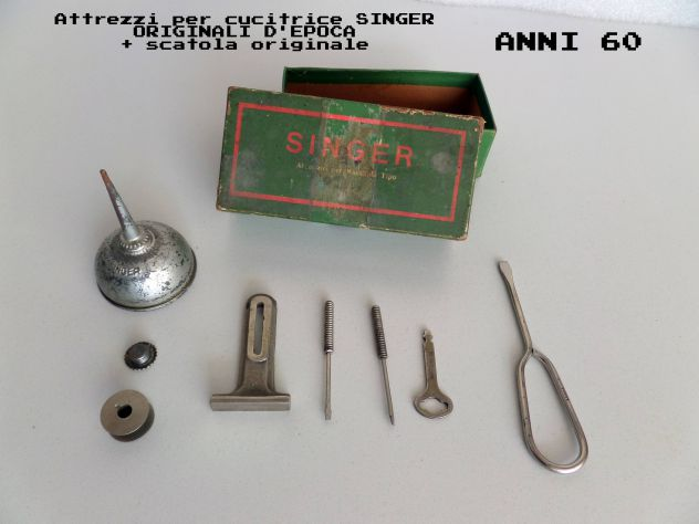 Kit accessori SINGER (anni 60) ORIGINALI D'EPOCA