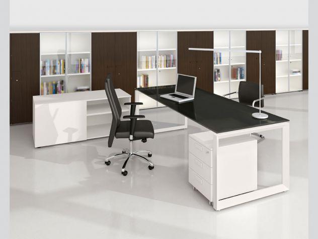 Scrivanie Ufficio Novara : Mobili scaffali scrivanie e sedie annunci novara