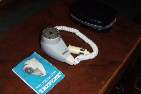 Rasoio elettrico per auto 12V marca Triplex - Foto 2