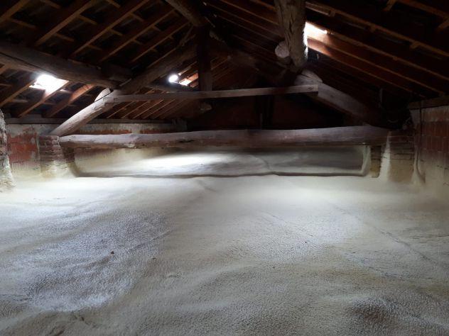 Insufflaggio,spruzzo e colata isolamento termico solaio condominio - Foto 2