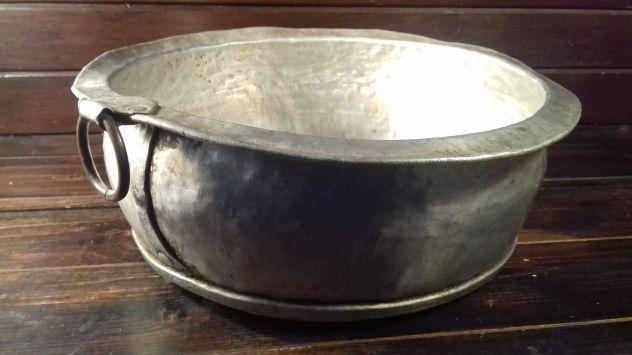 A551 alluminio vecchio bacinella con anello fatta a mano molto rara