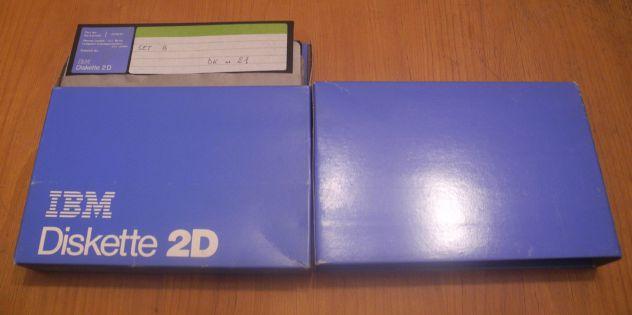 Floppy disk 8 originali IBM - Collezione vintage retrocomputing