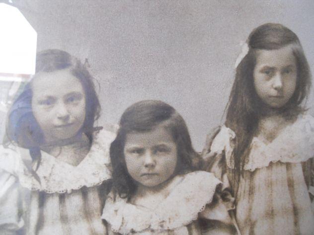 foto del 1890 sorelle a Nucetto (CN) - Foto 3