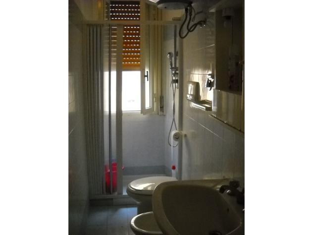 offro stanze singole studenti/sse-lavoratori fuori sede - Foto 7